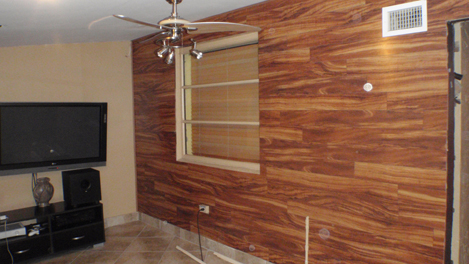 Comlaminate Flooring Walls : Laminate Flooring: Wood Laminate Flooring Walls